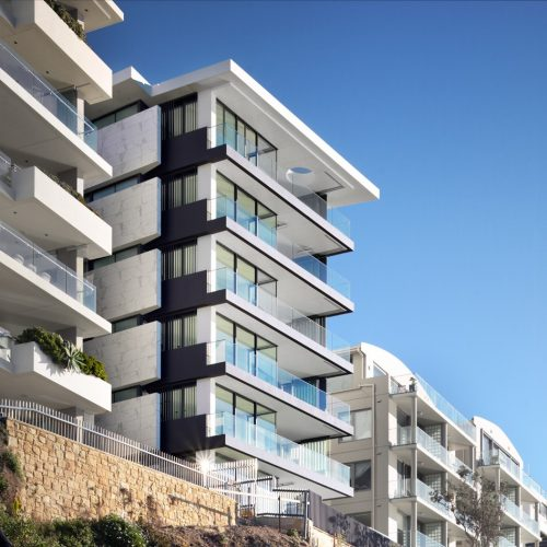 Pinnacle Apartments